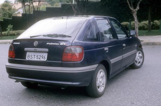 O hatch Pointer teve vida curta, pois foi lançado em 1994 e saiu do mercado dois anos depois