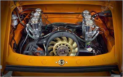 Motor boxer refrigerado a ar de 3,8 litros gera até 430 cv