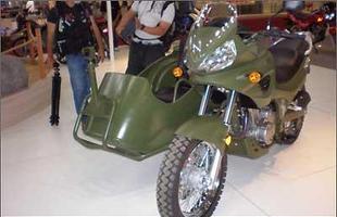 Traxx JH 600 com side car