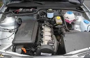 Motor de 999 cm³ mantém a posição longitudinal e gera 71 cv e 9,7 kgfm com álcool