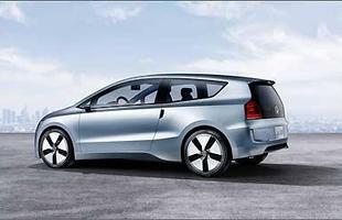 Peso contido, abaixo de 700 kg, e mecânica híbrida permitem um consumo com médias de cerca de 50 km/l de diesel