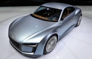 O Audi e-tron se aproxima das formas finais de um novo esportivo da marca, mas que pode ser movido também a combustão