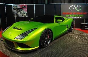 O Revenge Designs Verde é um supercarro que conta com variadas motorizações, incluindo uma opção híbrida