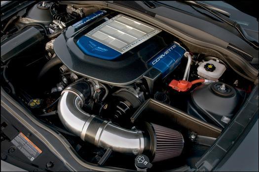 Trata-se do mesmo V8 6.2 com compressor volumétrico do Corvette ZR-1, mas com 735 cv de potência a 6.400 rpm e 'estúpidos' 102 kgfm de torque a 3.200 giros