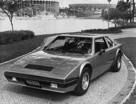 As linhas, com faróis escamoteáveis, atraiam a atenção em 1978 - Farus/Divulgação