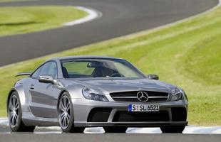 O Mercedes-Benz SL65 AMG Black Series cedeu a base, mas fica para trás diante dos 763 cv e 117,2 kgfm do Carlsson C25