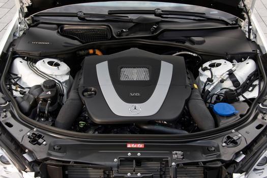 O V6 3.5 trabalha acomplado a uma caixa automático de sete marchas