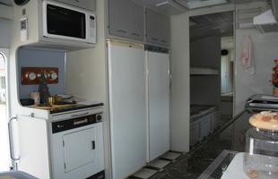 Modelos sofisticados têm cozinha completa