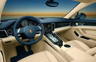 Interior do Porsche Panamera Turbo