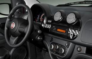 Tudo para reforçar a imagem moderninha do novo carro, presente do painel ao volante semelhante ao do 500