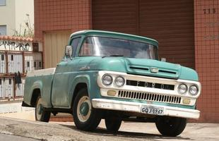 Esse modelo 1967 ainda está na ativa, confirmando a vocação para o trabalho do Rancheiro