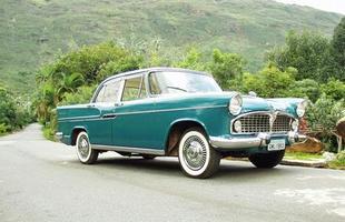 O modelo 1959, já montado por aqui, se valia de muitos componentes importados