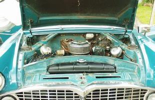 O motor V8 nunca rendeu muito, embora a versão Emi-Sul de 1966 tenha gerado bons 140 cv de potência
