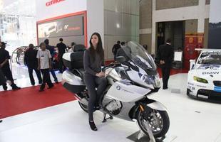 A marca também expôs sua moto de luxo, a K 1600 GTL