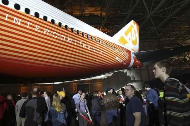 Lançamento Boeing 747-800 em Seattle (EUA)
