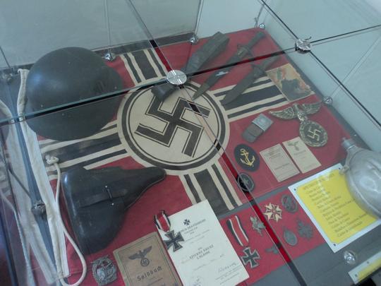 Materiais nazistas apreendidos pelos pracinhas brasileiros