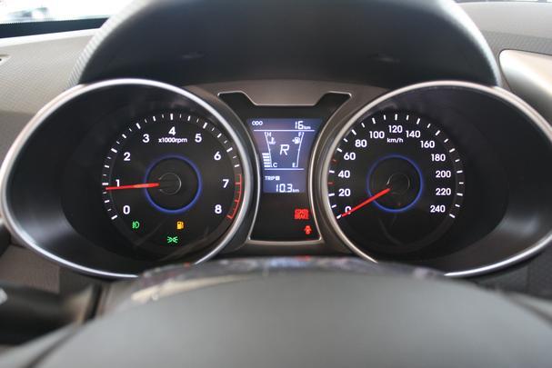 Hyundai Veloster chega em concession�ria de Belo Horizonte
