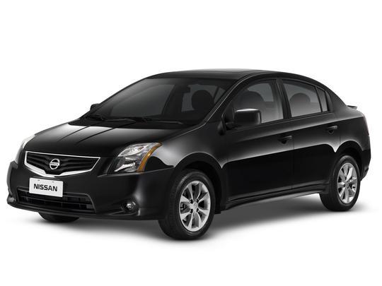 Nissan lança versão esportiva do sedã Sentra