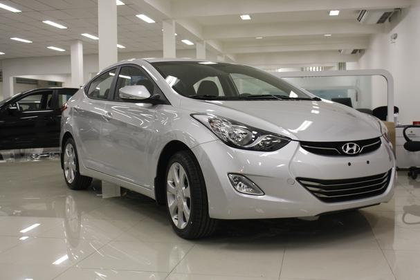 Concession�rias de BH come�am a receber o Hyundai Elantra - Marcello Oliveira/EM/D.A PRESS