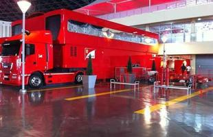 Ambiente mostra os bastidores da Ferrari na Fórmula 1