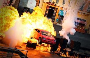 Uma das cenas de ação no 'Lights Motors Action', no Hollywood Studios, em Orlando