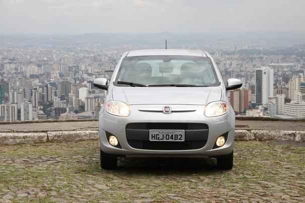 Novo Fiat Palio Attractive 1.0
