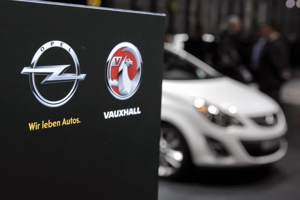 Logos da Opel e Vauxhall