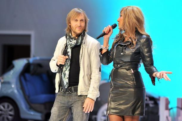 David Getta apresentou o Renault Twizy ao lado de sua esposa