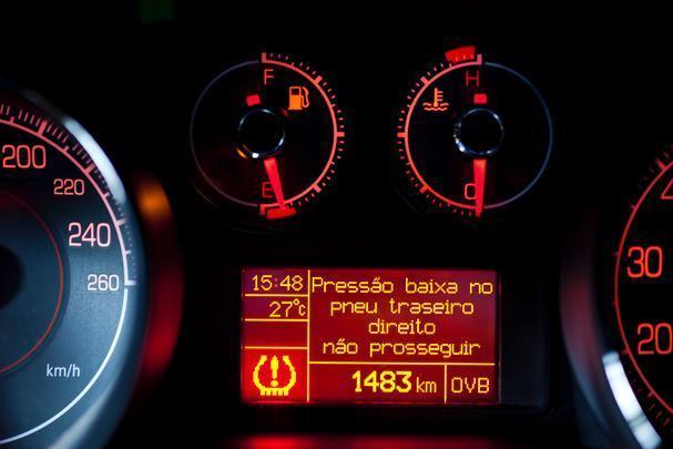 Sistema de monitoramento de pressão dos pneus do Fiat Bravo T-Jet