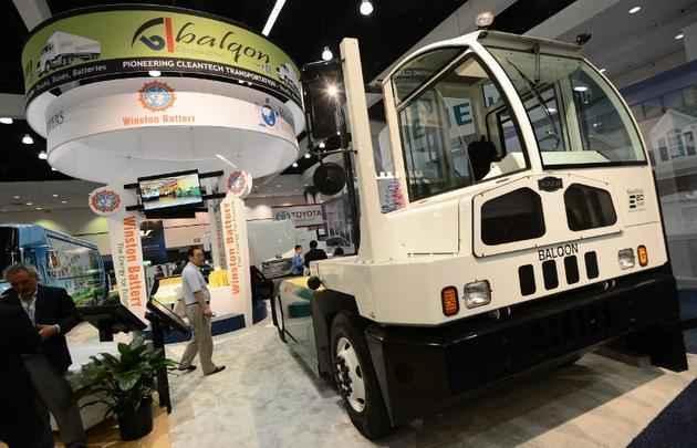 Caminhão Tracktor XRE20 elétrico