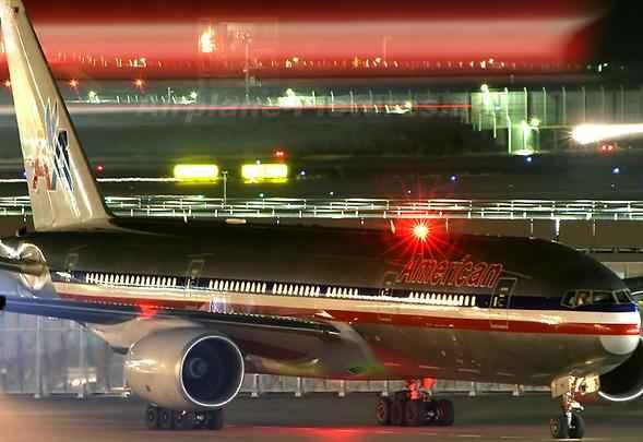 Novo Boeing 777-300-ER da American Airlines
