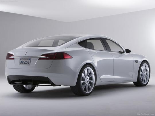 Sedã Model S