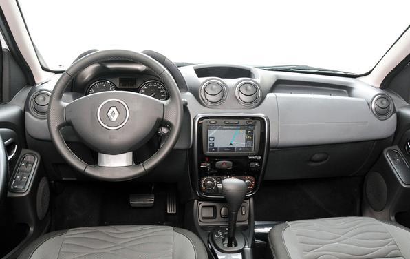 Versão limitada do Duster traz o Media Nav, sistema multimídia integrado ao painel