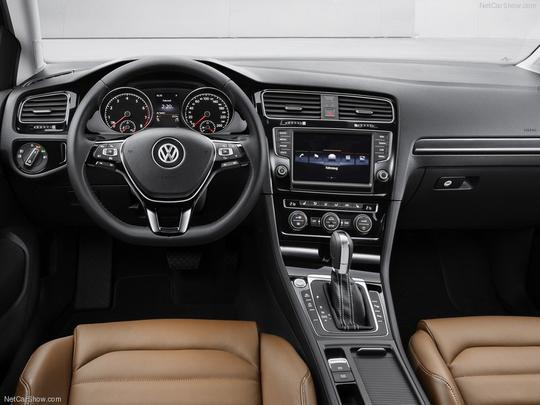 Sétima geração do Volkswagen Golf deve chegar ao Brasil no ano que vem