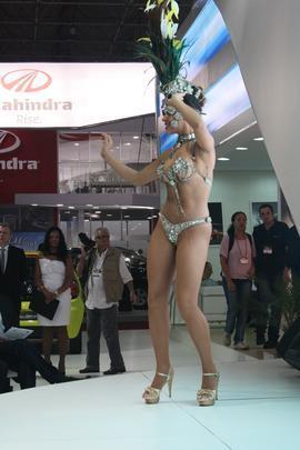 Modelos passistas deram um show na estande Changan