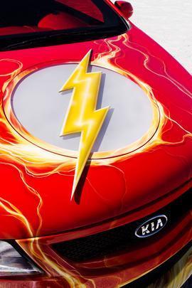 Kia Koup Flash - Marca preparou versões de cinco modelos inspiradas na Liga da Justiça