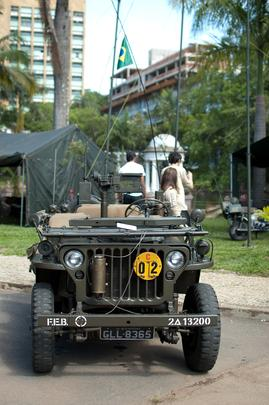Encontro em Belo Horizonte reuniu viaturas militares utilizadas na Segunda Guerra e em outros conflitos mundiais