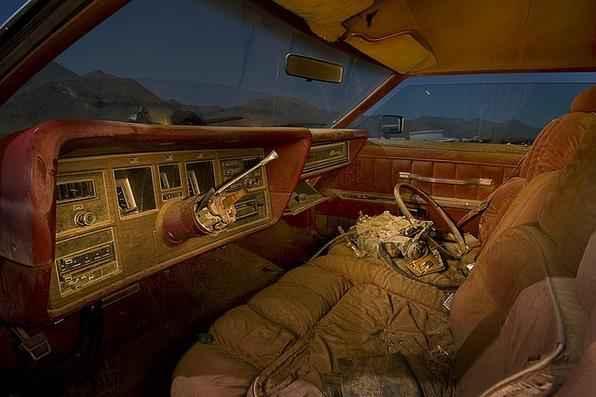 Interior de um Lincoln Continental MkIV 1976  - Troy Paiva registra imagens noturnas no Velho Oeste dos EUA