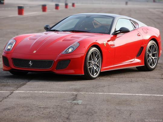 2º - Ferrari 599 GTO 2011: R$ 67.374 Valor comercial: R$ 1,77 milhão