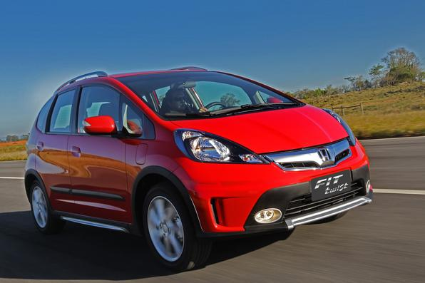 Sem mudanças significativas no visual, Honda Fit Twist chega ao modelo 2014