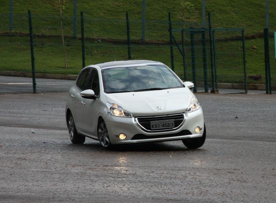 Peugeot 208 Allure 1.5
