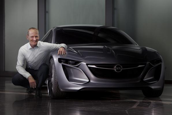 Opel vai exibir o Monza cupé no Salão de Frankfurt