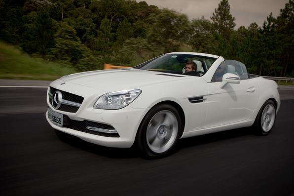 Mercedes-Benz SLK 250 é vendido por R$ 214 mil
