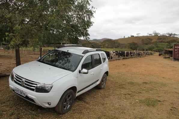 Repórter-cinematrográfico Daniel Amorim, do SBT/TV Alterosa, testa o Renault Duster 2.0