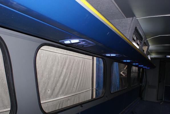 Viação Cometa ressuscita ônibus Flecha Azul para comemorar 65 anos da empresa. Restauração gastou três meses