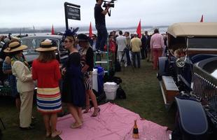 Rolls, chapéus e champagne em Pebble Beach