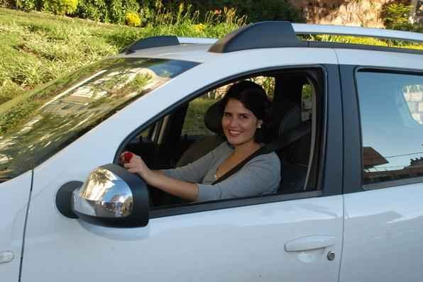 Jornalista e fotógrafa cai na estrada com o SUV francês. Espaço interno, dimensões e potência do motor impressionam. Mas o consumo