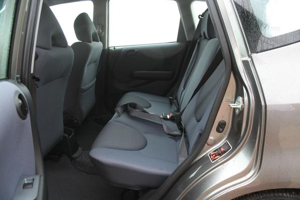 Honda Fit 1.4 2007, equipado com motor com sistema flex