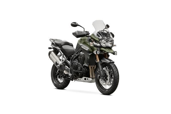 Fabricante apresenta sete novos modelos para o mercado brasileiro. Do estilo clássico à esportiva, passando pela big trail, naked e estradeira, dobrando a sua linha de motos