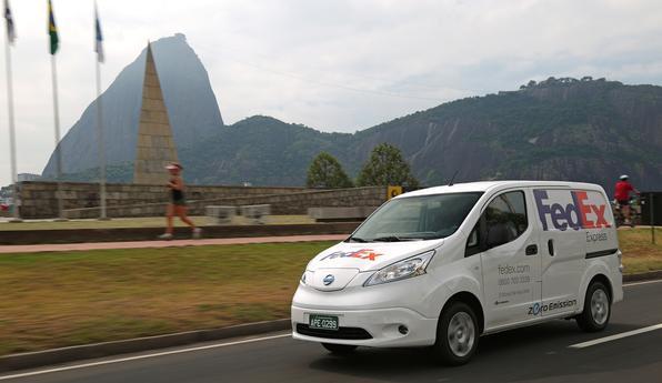 Nissan e-NV 200, o Furgão elétrico da marca japonesa que foi usado pela FedEx para entregas no Rio de Janeiro
